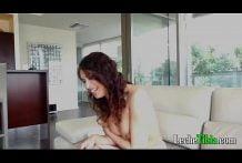 Linda nena peruana iniciando en el porno iniciando en Casting