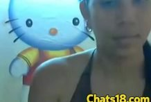 Linda peruana jugando en la Web Cam